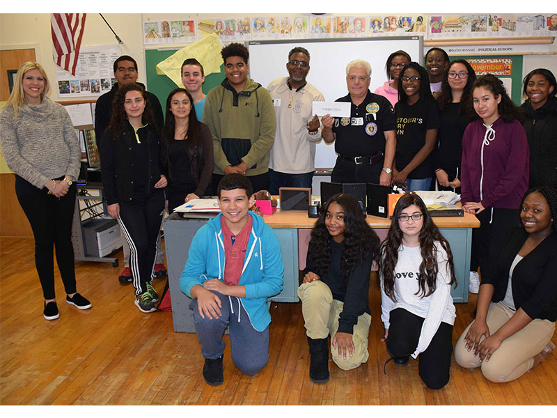 Veterans Share Stories With High School Students
